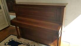 piano with a very good price