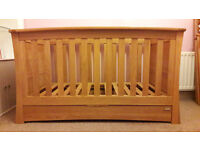 Mamas and Papas Ocean Range - three items of high quality nursery furniture in golden oak.