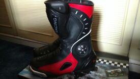 XTRM bike boots