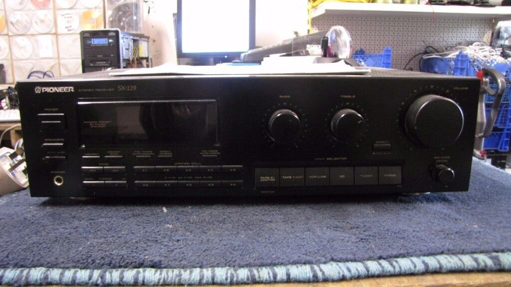 PIONEER SX-229 STEREO RECEIVER.