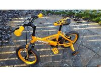 Boys bike £30