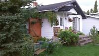 House for sale in Cochrane