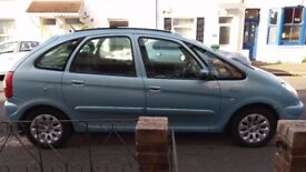 METALLIC SKY-BLUE CITROEN XSARA PICASSO HDI EXCLUSIVE PEOPLE CARRIER FOR SALE