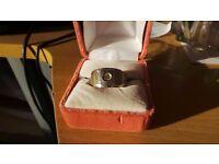 14 carat white gold unisex diamond ring size u