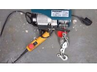 Electric Hoist Winch Silverline 500W 250kg Load Capacity