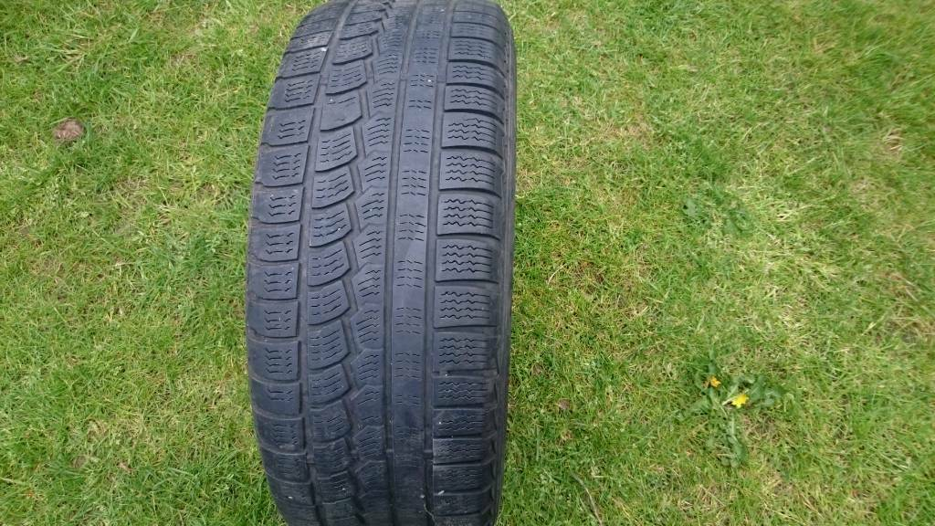 four alloy wheels with bmw tires 528i 2000r