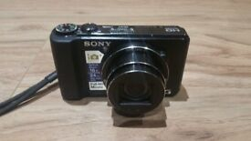 Sony Cyber-shot DSC-HX9V 16.2MP Digital Camera with 4gb sd card and case - Black (Mint Condition)