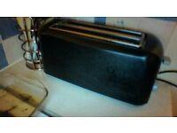 Brevillle Blac 4 slice toaster