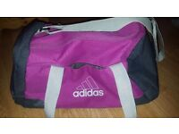 4kg & 2.5 kg Dumbbells AND Adidas Gym Bag