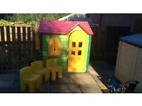 Little tikes evergreen large playhouse with chairs X 3