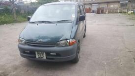 Toyota Hiace Powervan 2001