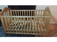 Mamas and papas Lucia cot bed frame in excellent condition