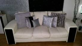 Bargain!!! 3 seater & 2 seater FOR SALE!!