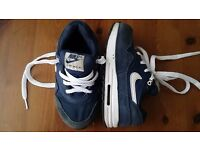 Boys Nike Air Max tainers infant UK 7.5