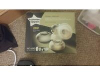 Tomme Tippee new electric breast pump + 4 feeding bottles