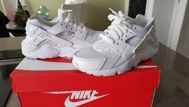 Nike Air Huararche UK size 5 US 5.5