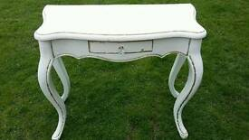 Beautiful dressing table and mirror