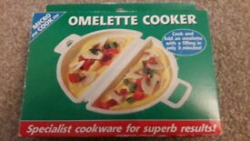 Omelette cooker device. Cooks in Microwave.