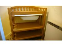 Baby bath and changing unit dresser made by Mammas and Pappas. £80 ono, can deliver locally.