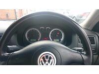 VW (Volkswagen) Bora 1.8T Sport (turbo) 5 door petrol saloon for quick sale: £700.
