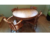 4-6 Seater Extending Pine Dining Table and Chairs