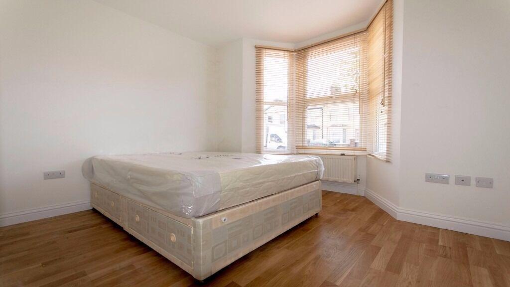 HUGE DOUBLE ROOM!! PARKING! **INC ALL BILLS** ENFIELD, EN3, PONDERS END, NORTH LONDON, FURNISHED
