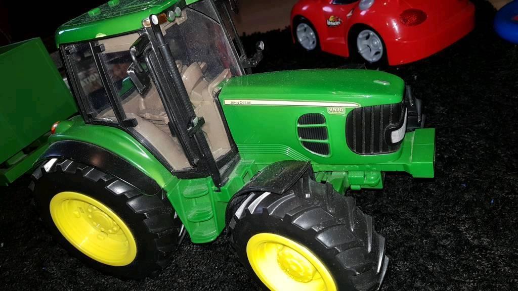 Kids toy John Deere Tractor and trailer