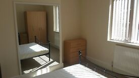 Double Room for rent in immaculate house in Old Town, Swindon