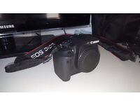 Digital camera DSLR Canon 700 D with 2 lenses, tripod, 16 GB memory card.. BARGAIN!