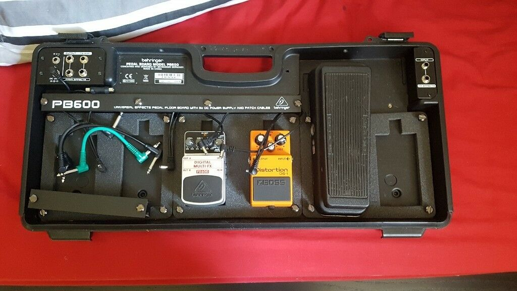 behringer pb600 pedalboard with pedals in greenock inverclyde gumtree. Black Bedroom Furniture Sets. Home Design Ideas
