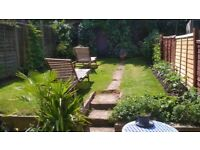 Spacious double room in a quiet shared house with kept garden available (all bills included)