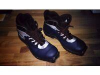 Salomon Cross Country Ski boots - SNS Profil, Size 5 UK, 24cm MP