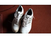 ADIDAS GOLF SHOES, HARDLY USED, SIZE 9. GOOD CONDITION, COLOUR WHITE