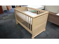 Mamas and Pappas Horizon Nursery Furniture Set