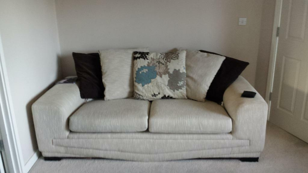 seater settees excellent condition | in Thornaby, County Durham