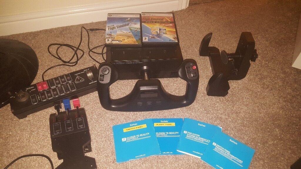 Saitek pro flight Yoke and Throttle quadrant flight simulator x