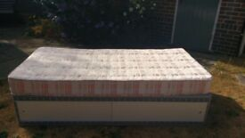 Single divan bed and mattress - very clean and comfy!!!