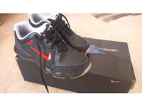 Boys Nike Golf shoes size 3.5