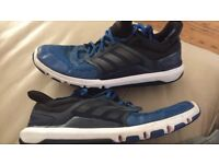 Men's Adidas blue trainers size 10 £4