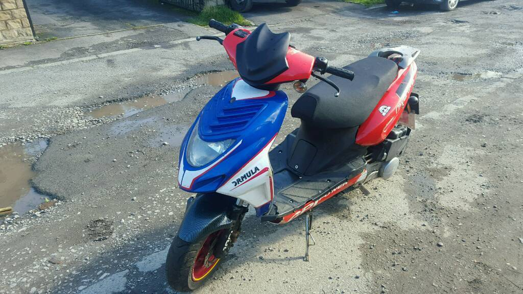 Cpi olivia 125 moped scooter 12 month mot works great