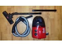 """GREAT CONDITION"" (£40) Zanussi ZAN1212 Bagless 1400w Cylinder Red Vacuum Cleaner."