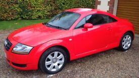 Audi TT 1.8 Turbo 2Door in Red (2004)