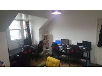 Office space available above The Joker Public House, London Road, suit creative or small business