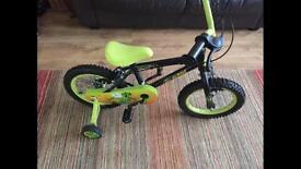 "Boys ""Claws"" Bike. Dinosaur theme. 3-5 age with stabilisers (New)"
