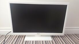 Combined White Tv and Dvd player 24inch