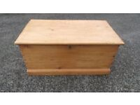 Antique Pine Blanket Box/Chest /Trunk,Can Deliver 07989088223