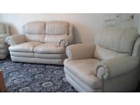 Iam selling my three piece suite i bought it 2years ago from nelson leather £2.700