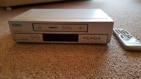 Hitachi video cassette recorder model VT-FX440