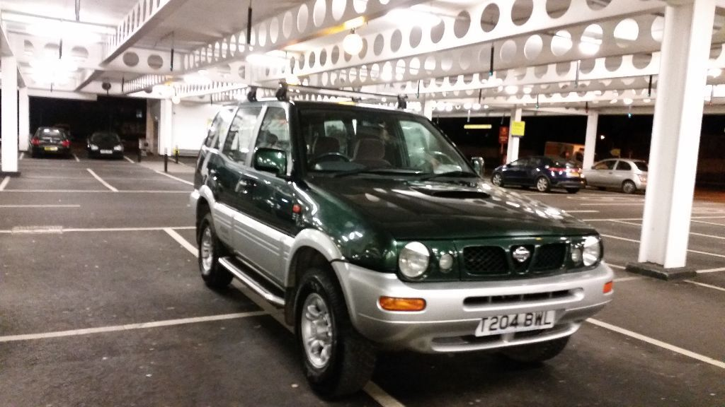 nissan terrano ford maverick 4x4 bargain 7 seater in slough berkshire gumtree. Black Bedroom Furniture Sets. Home Design Ideas