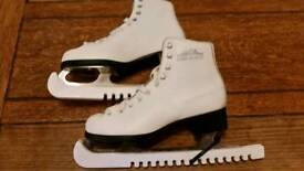 Lake Placid ice skates size 6
